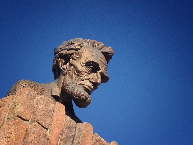 Giant head of Abraham Lincoln looms large over I-80
